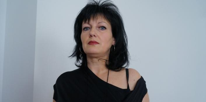 Mature.nl- Serious mom masturbating for the firs time in front of cam