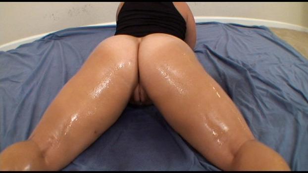 Bigasstease.com- Lorelie_s big thick butt will make you explode
