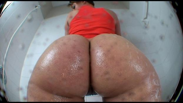 Bigasstease.com- Whooty cleans her big ass so you can worship it