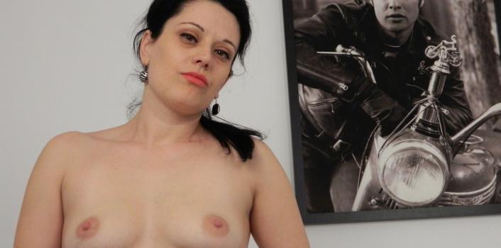 Mature.nl- Sexy big ass mama enjoys her pussy with a big dildo