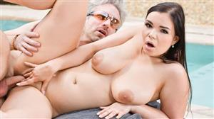 ddfbusty-20-10-26-sofia-lee-busty-beauty-fulfills-her-needs.jpg