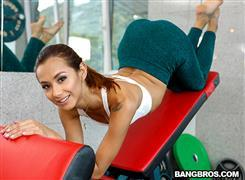 bangbrosclips-20-10-27-veronica-leal-veronicas-squirting-anal-workout.jpg