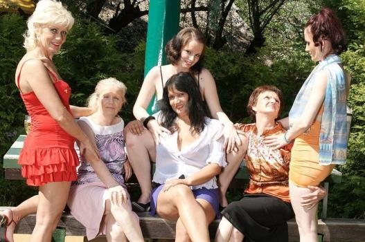 Mature.nl- Six horny old and young lesbians have a dirty wet picnic