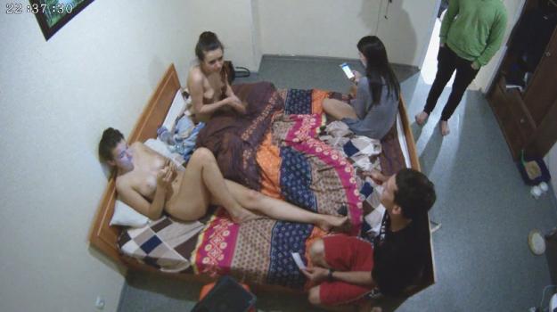 Voyeur-house.tv- The girls  rose talk june 25