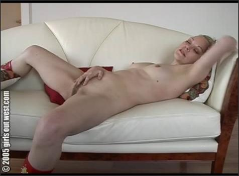 Girlsoutwest.com- Champagne Girl Chanel