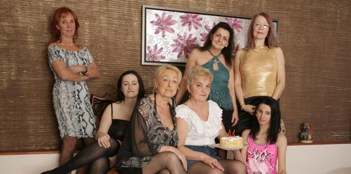 Mature.nl- Horny old and young lesbian party