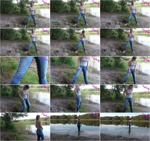 TinyEmily - OMG ich hab mir in die Hose gemacht - Mein Erstes JeansPiss Video Natursekt [FullHD 1080P]