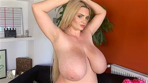 pornmegaload-20-10-29-kitty-cute-loves-her-huge-boobs.jpg