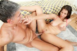 evilangel-20-11-01-bella-rolland-intense-anal-orgasm.jpg