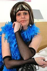 Mature.nl- Horny mature housewife playing with herself