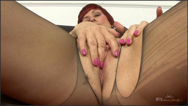 Auntjudys.com- Mature Penny Brooks fingers herself.