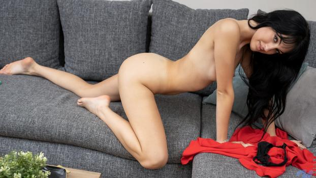 Nubiles.net- Naturally Sexy - Corinna - Now Watching