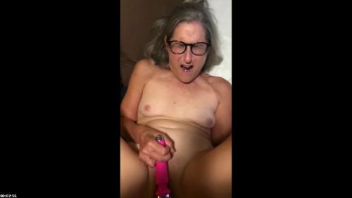 Hot Milf Closeup Pussy And Anal Fucking With Facial | SilverFox59
