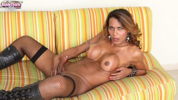 Black-tgirls.com- Confident Carla