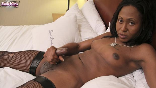 Black-tgirls.com- Bianca Diaz Takes It Off