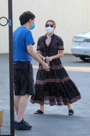 ashley-tisdale-in-dress-arrives-at-a-studio-in-los-angeles-11.jpg