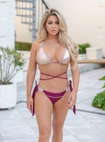bianca-gascoigne-in-a-bikini-on-vacation-in-madeira-01.jpg