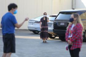 ashley-tisdale-in-dress-arrives-at-a-studio-in-los-angeles-25.jpg