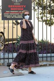 ashley-tisdale-in-dress-arrives-at-a-studio-in-los-angeles-26.jpg