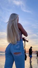 katie-sigmond-social-media-photos-10-23-2020-18.jpg